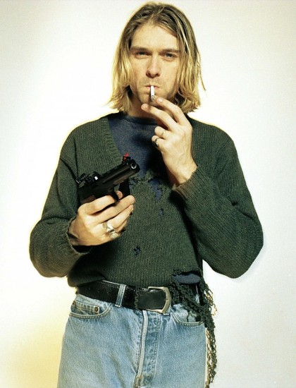 kurt-cobain-style-photo-deconstructed-sweater-jeans-800x1048