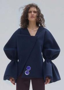 manteau-manches-jacquemus