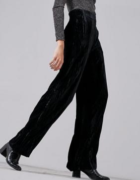 pantalon-velvet-large-stradivarius