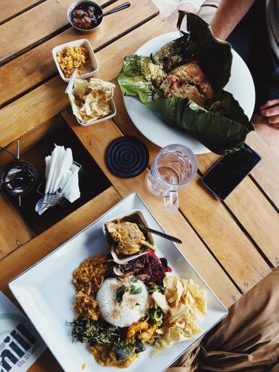 Le déjeuner bien mérité après la montée d'Ellas Rock
